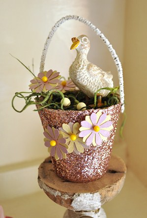 Peat pot decorated for spring and Easter