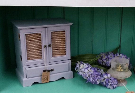 Color mix ratio for lavender with General Finishes Milk Paint