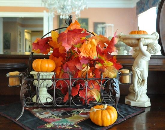 Fall leaves arrangement
