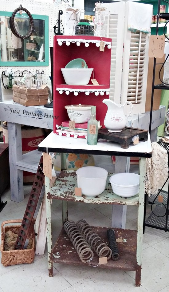 Antique Booth Styling