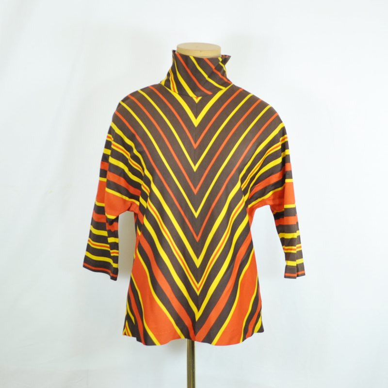 Vintage Batwing Top – Knit Chevron Design in Fall Colors Size 12
