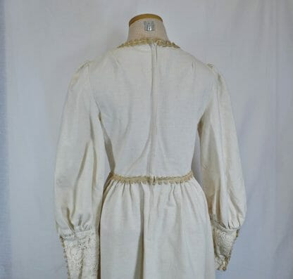Back of vintage Gunne Sax maxi dress