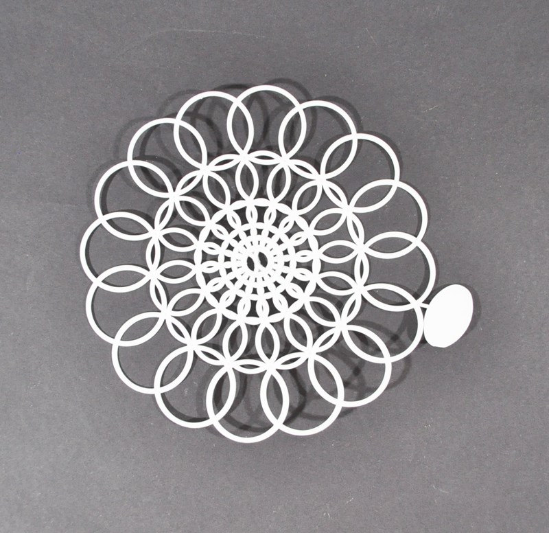 6″ Tupperware Doily Plastic Doily Tab Still Attached