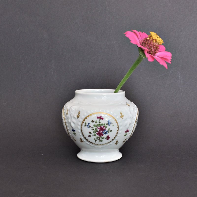 Haviland Limoges Jar with Pink and Blue Flowers 3 Inches
