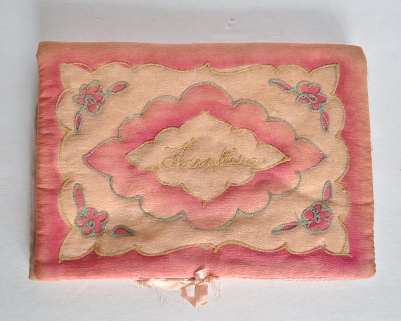 Delicate Pink Antique Silk Hanky Pouch Hankerchief Holder