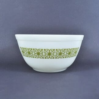"Vintage Pyrex mixing bowl. Verde - Green square flowers. 7"" diameter, 1-1/2 quart"