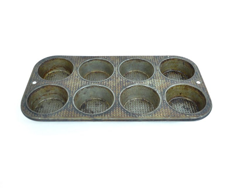 Vintage Muffin Tin – 8 Section – Cupcake Tin