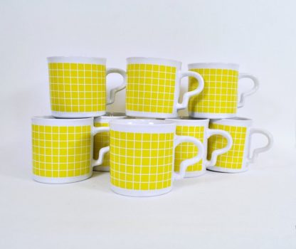 Vintage sunny yellow check mugs