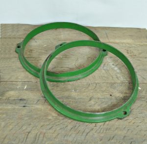 Green metal rings