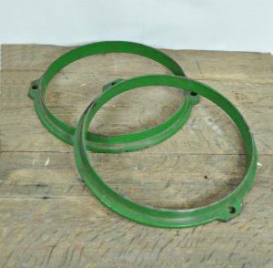 Green metal rings