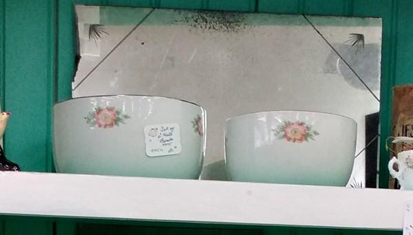 Hall bowls
