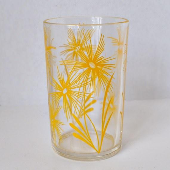 Yellow Cornflower Swanky Swig