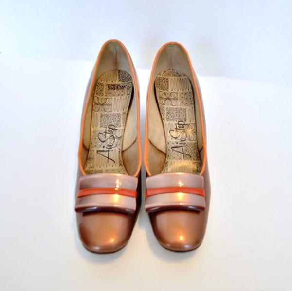 Vintage Air Step Shoes