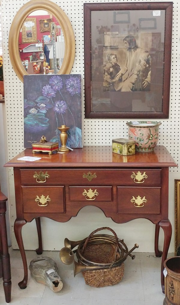 Queen Anne chest