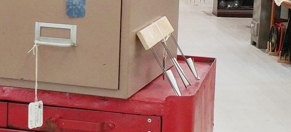 Chalkboard line drawer