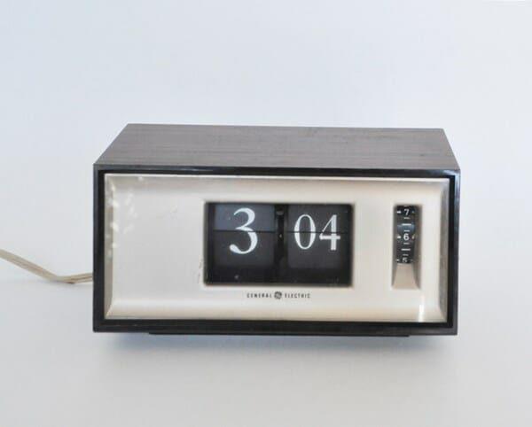 GE Flip Clock