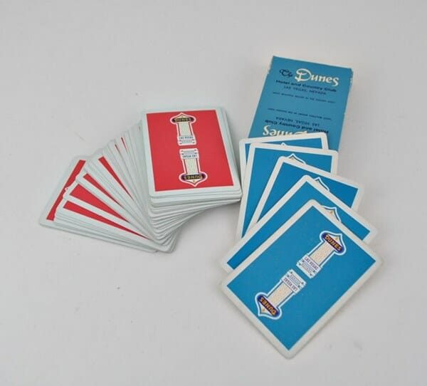 Vintage Dunes Playing Cards