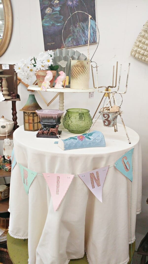 Spring table in the antique booth