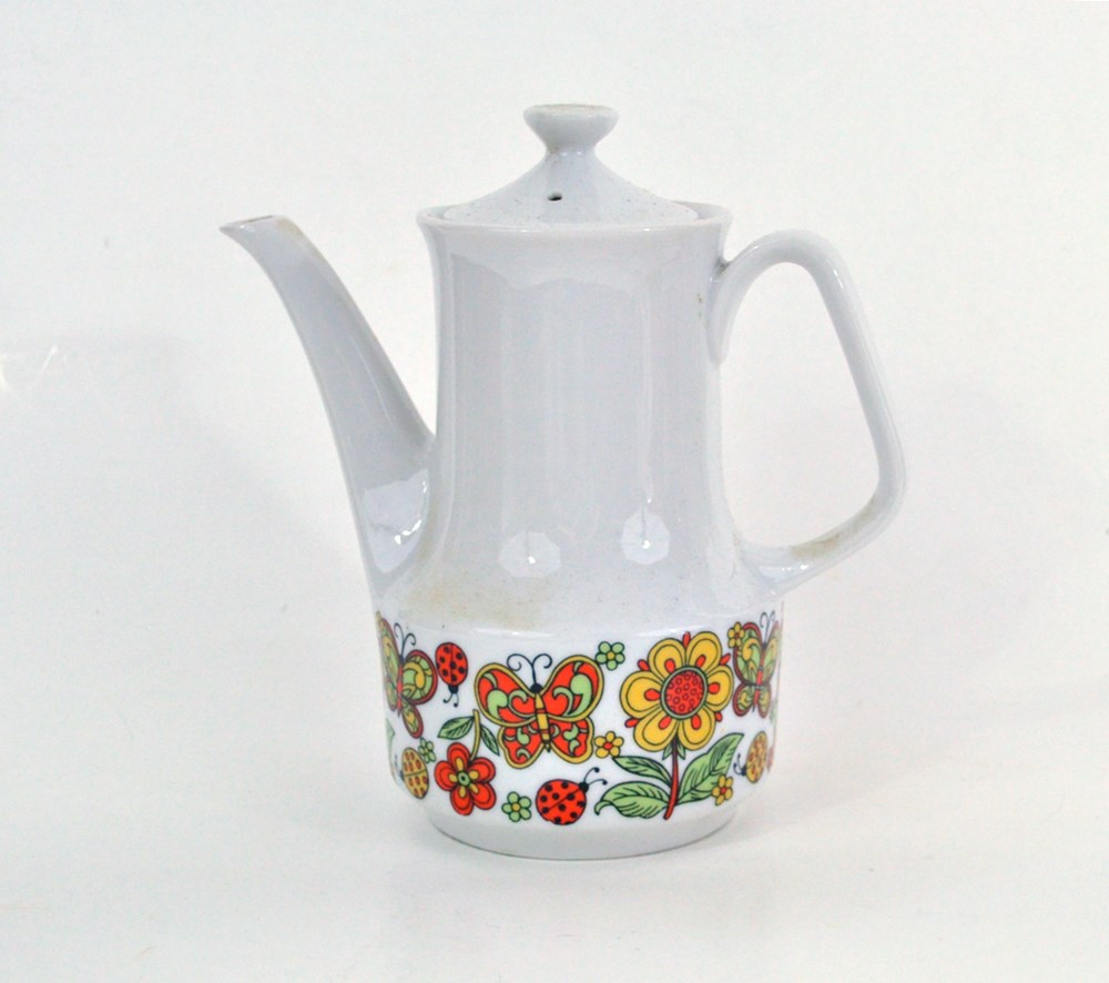 Groovy 1960's Coffeepot Butterflies and Flowers Border