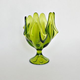 Vintage green viking handkerchief vase with 6 petals