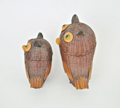 Side view of wicker owl basket set