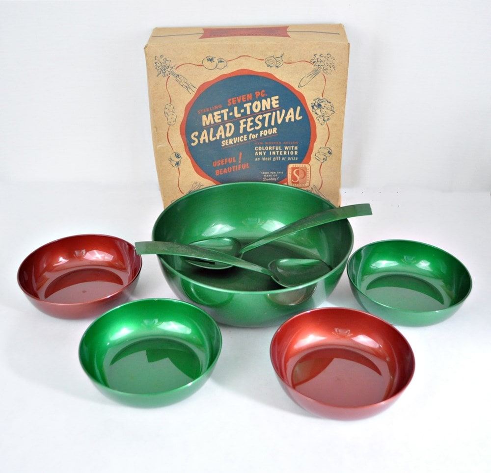 Colorful 1950s plastic Met-L-Tone Salad Festival set with box