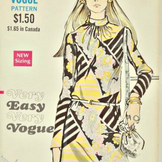 1970s Very Easy Very Vogue 7739. Shift dress pattern.