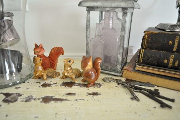 Squirrels in fall decor